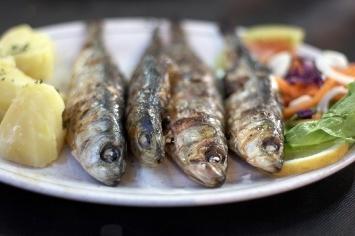 Receta de sardinas al horno con ensalada recetas de consum - Limpiar horno con limon ...